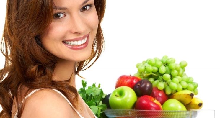 alimenti per crescita capelli