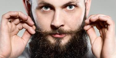 fascino dei baffi