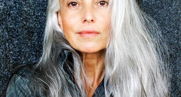 capelli bianchi in vecchiaia