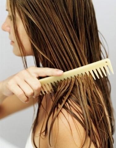 capelli pettinati