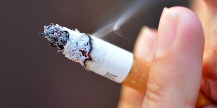 Il fumo è una delle cause della patologia