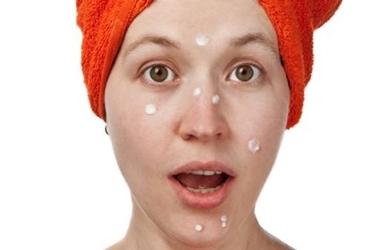 rimedi per curare l'acne