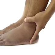 piedi gonfi