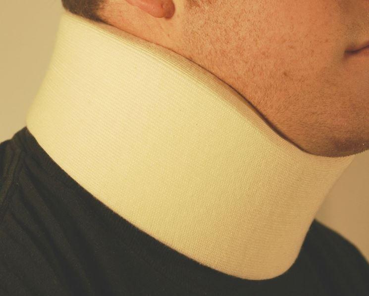 Collare per l'artrosi cervicale mal di testa