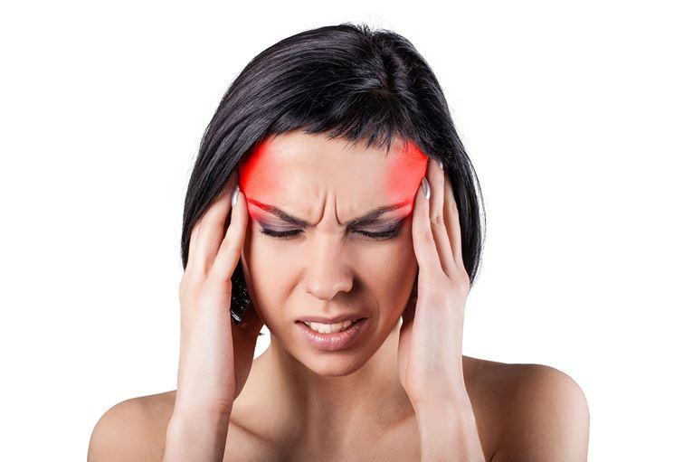 Il mal di testa è fra i sintomi della nausea