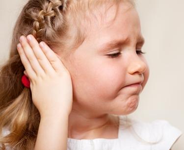 orecchio gonfio