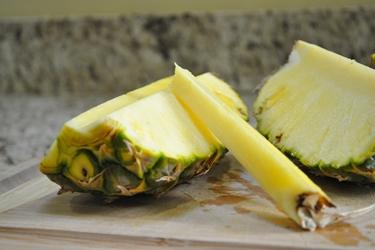 Il gambo estratto dall'ananas
