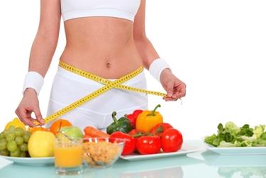 Donna che segue una dieta