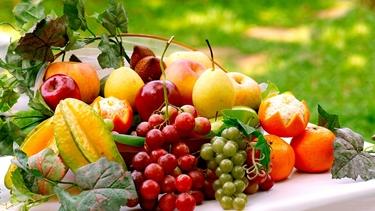 La frutta è una fonte di vitamine