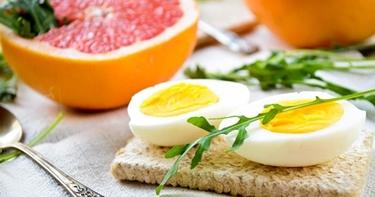 Pompelmo e uova dieta Mayo