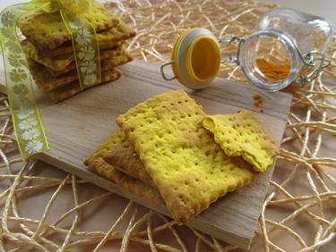 Crackers alla curcuma