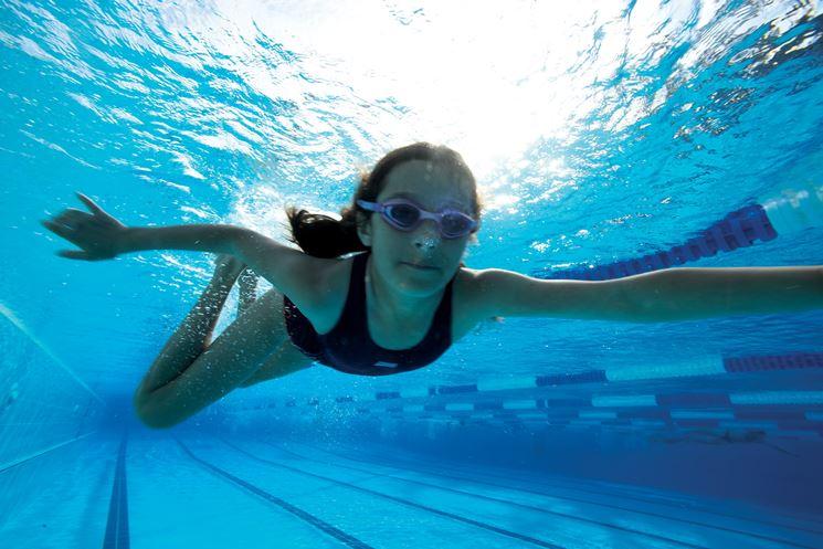 nuoto per tonificare