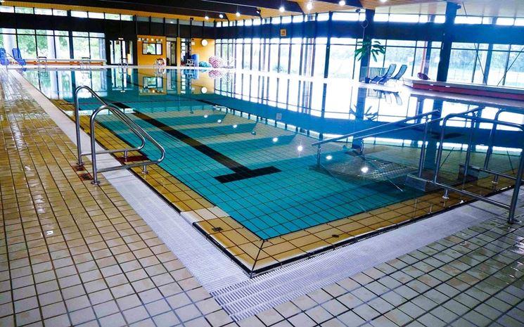 Nuoto consigliato sport dimagrire