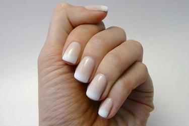 Manicure French Manicure Realizzare La Manicure