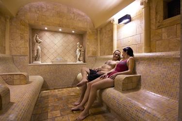 Bagno turco relax spa la pratica del bagno turco - Il bagno turco trailer ...