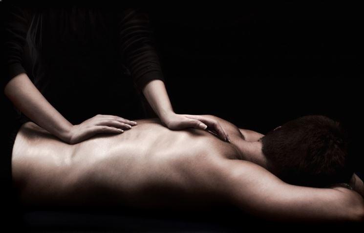 Massaggio schiena dorsale