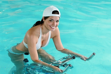 hidrobike in piscina