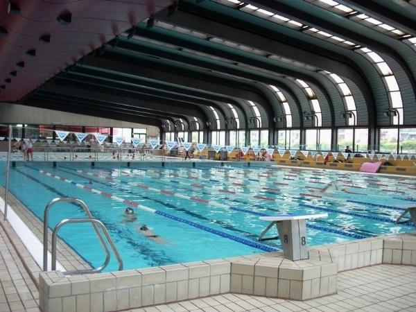 Nuoto allenamento in acqua for Piscina wikipedia