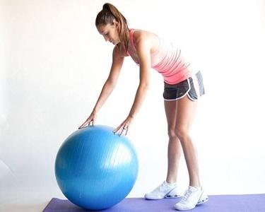 addominali con ball fitness