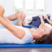 Esercizi riabilitativi contrattura muscolare coscia
