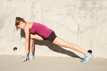 Stretching durante allenamento mezza maratona