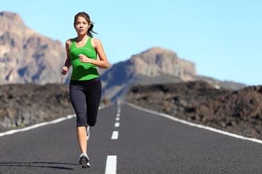 Una runner in allenamento