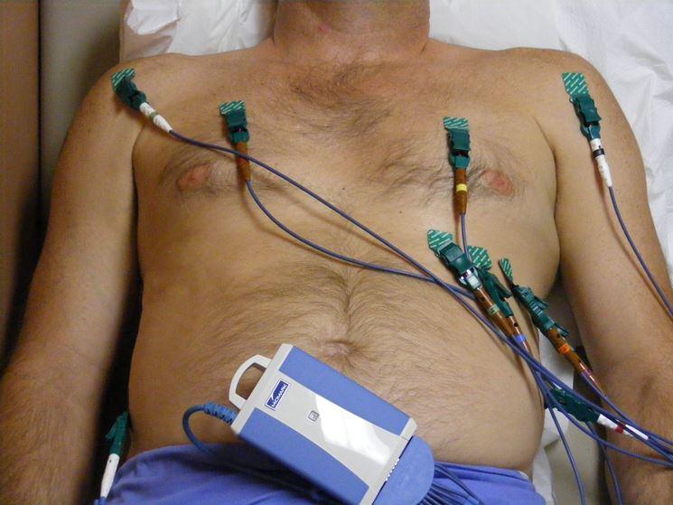 Preparazione per un elettrocardiogramma
