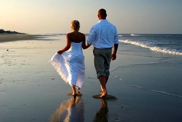 spiaggia cura contro il dolore ai piedi