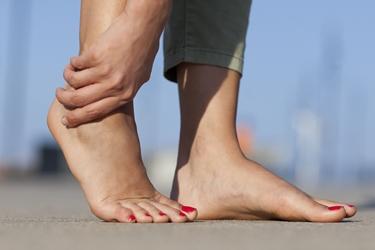 Cause e sintomi del dolore ai piedi