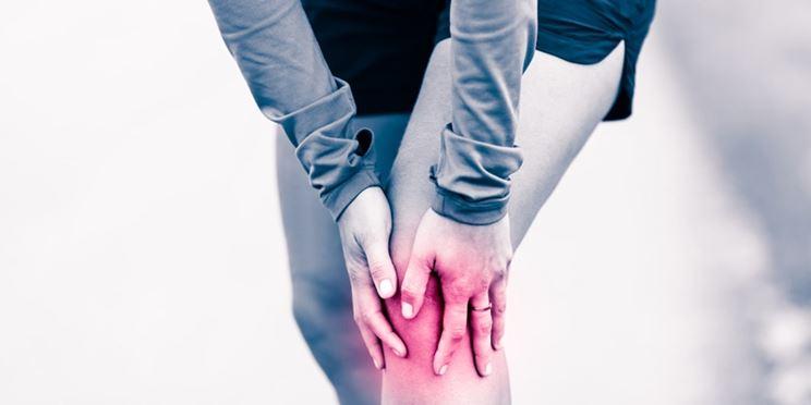 Eruzione su un dorso e un trattamento di spalle
