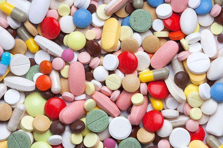 La laringite catarrale si combatte con i farmaci