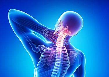 Dolore alle vertebre cervicali